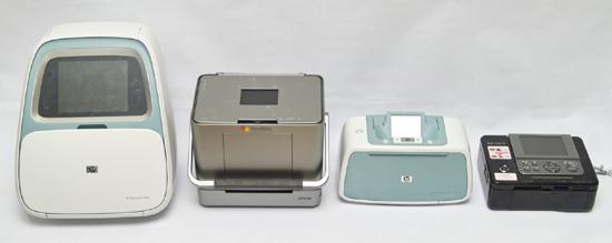 Групповой снимок на память о прошедшем тесте. Слева направо: HP Photosmart A826, Epson Picturemate PM280,HP Photosmart A526,  Sony DPP-FP90