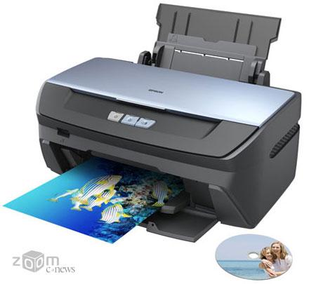 Принтер Epson Stylus Photo R270 также, как и R390 обеспечивает высокое качество фотопечати, но стоит дешевле, так как не оснащается ни экраном, ни кардридером