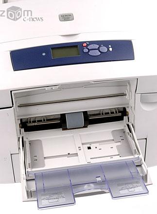 В принтер можно заправлять и нестандартную бумагу