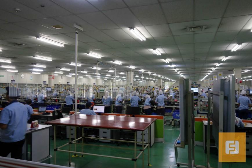 Общий вид на цех фабрики Epson