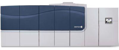Новое устройство объединяет в себе качества традиционных лазерных принтеров, где используется тонер, и струйных принтеров, в которых применяются блоки твердых чернил. Фото: Xerox