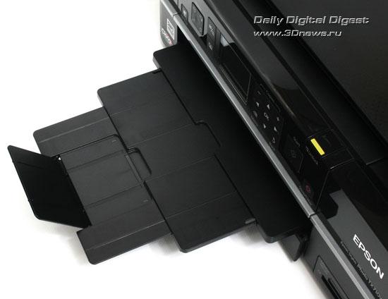 Epson Stylus Photo TX710W. Приемный лоток в рабочем положении