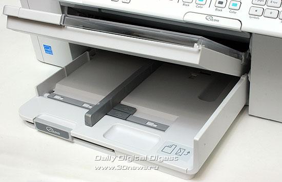 HP Photosmart Premium c309a. Основной лоток для бумаги