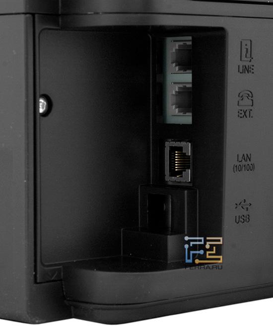 Все разъемы у Epson Stylus Office BX320FW ориентированы на офисное, а не на домашнее использование