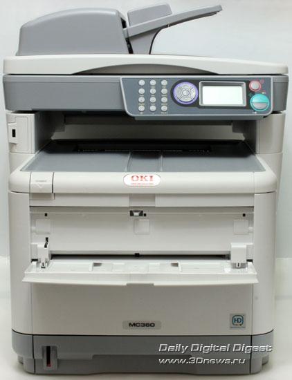 OKIMC360. Вид спереди. Открыт лоток подачи конвертов